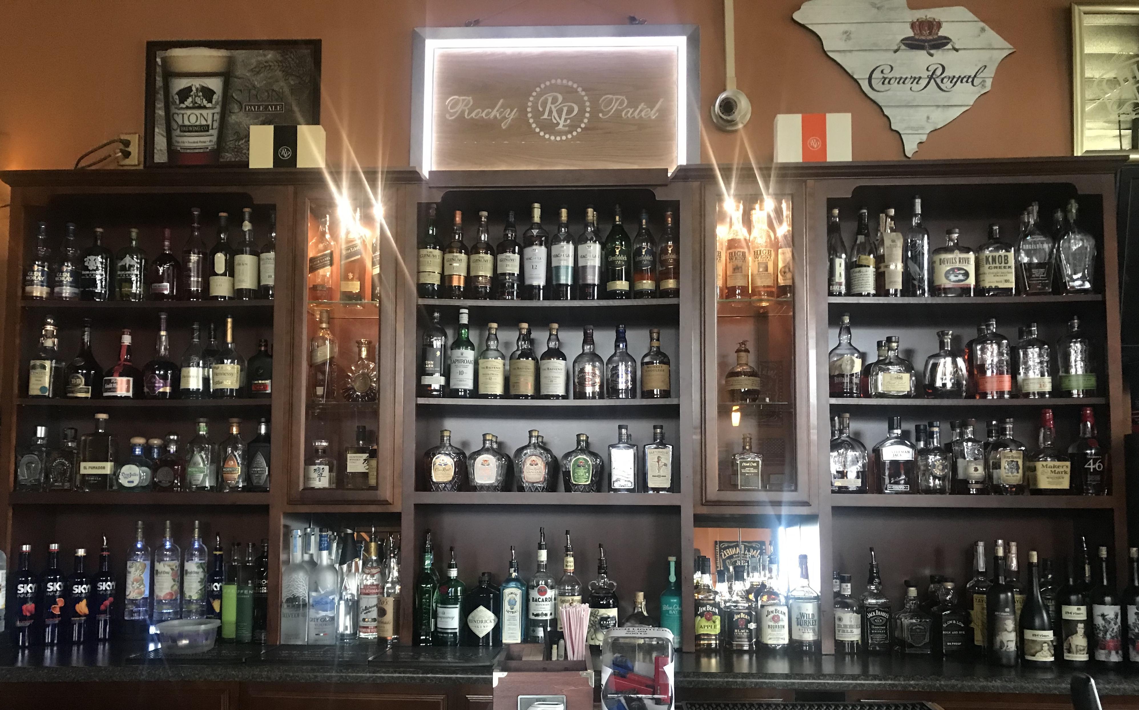 Outman Cigars – Cigar & Martini Bar | Greenville, SC